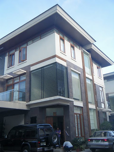New manila single detached townhouse for sale for Detached townhomes